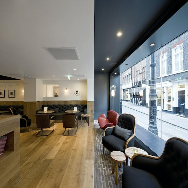 Pollen Street Social in London, UK by Neri&Hu Design and Research Office; Photo: Pedro Pegenaute