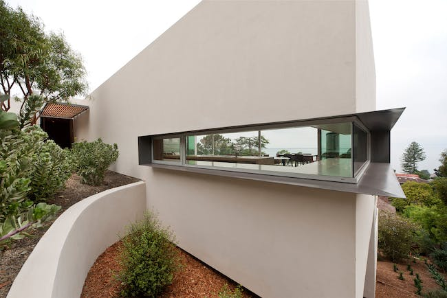 Kafka Residence in La Jolla, CA by Safdie Rabines Architects