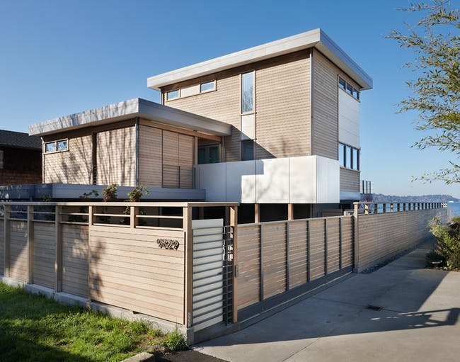 West Seattle Beach House by Tyler Engle Architects. Photo © Benjamin Benschneider. All Rights Reserved. Courtesy Tyler Engle Architects.