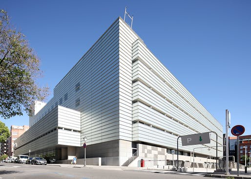 Gregorio Marañon Maternity and Pediatric Hospital, 2003, Madrid. Photo courtesy 2017 Praemium Imperiale Arts Award.