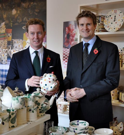 Tristram Hunt (right) with Greg Barker. Image via wikimedia.org
